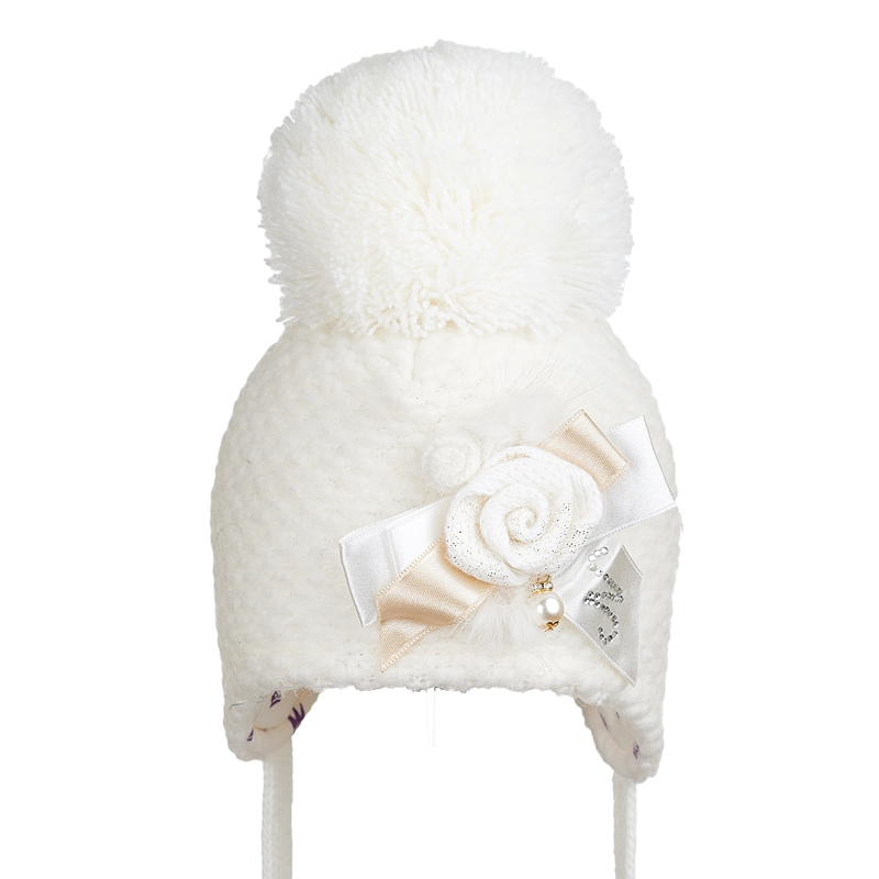 B 19 Z 328 Winter hat with earflaps for girls