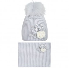 19 Z 21 k Winter hat with snood for girls