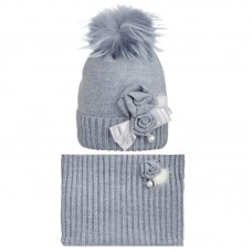 19 Z 56 k Winter hat with snood for girls