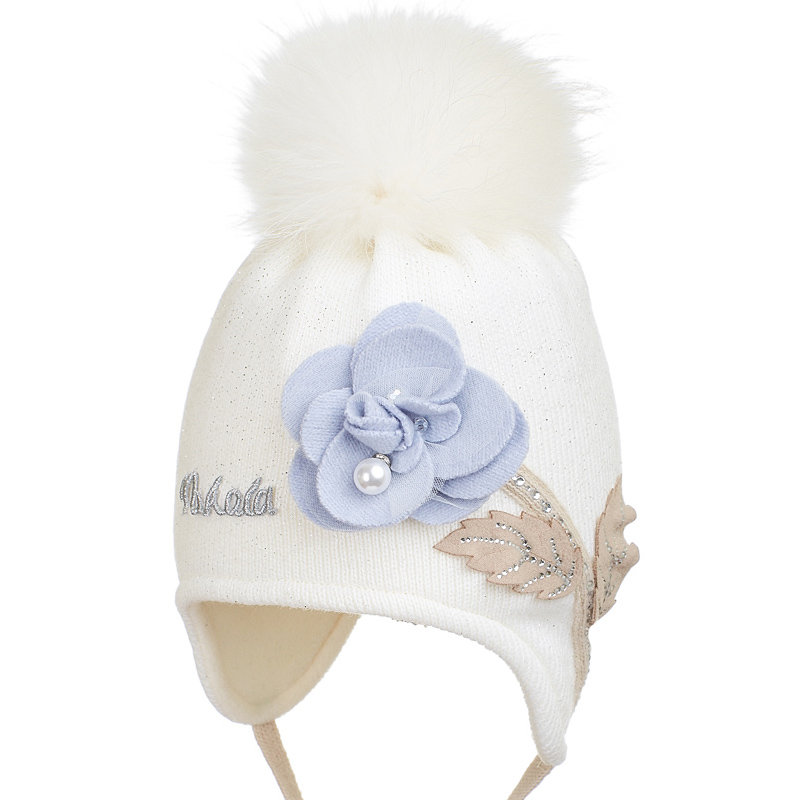 19 Z 69 Winter hat with earflaps for girls