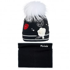 19 Z 08 k Winter hat with snood for girls