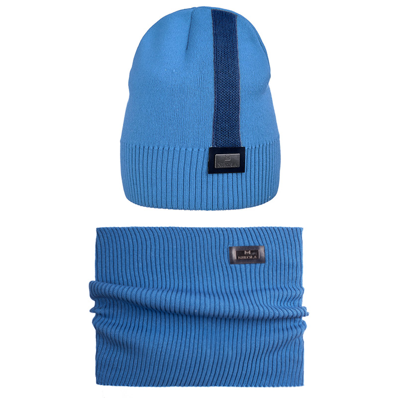 20 V 110 k Hat with a snood for boys