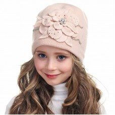 INESSA Winter hat for girls